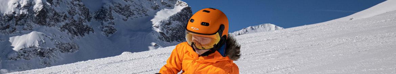 Ski-helmet-with-Visor-Child